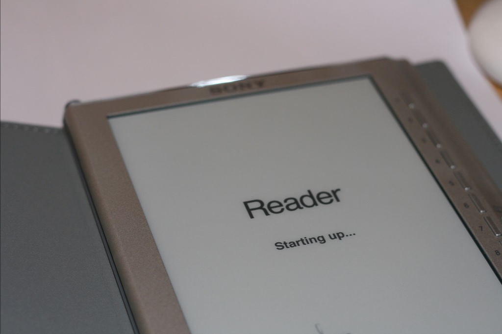 James F Clay - Sony's eBook Reader