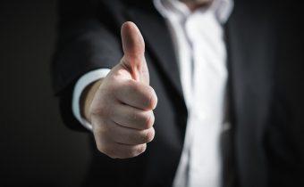 Motivieren Sie Ihre IT-Beschäftigten: Hören Sie auf mit niedrigen Grundlöhnen und zugesetzten Leistungsprämien; zahlen Sie gleich fair und angemessen; erhöhen Sie die Selbstbestimmtheit