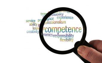 Kompetenzentwicklung Studierender mittels e-Learning und Projektarbeit!